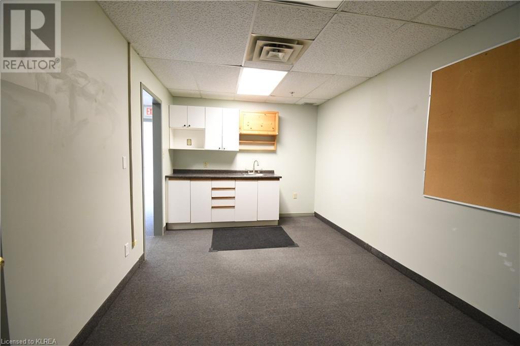 55 Mary Street Unit# 112, Lindsay, Ontario  K9V 5Z6 - Photo 10 - 40100037