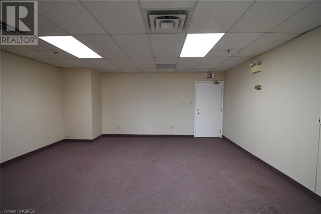 55 Mary Street Unit# 206, Lindsay, Ontario  K9V 5Z6 - Photo 4 - 40100078