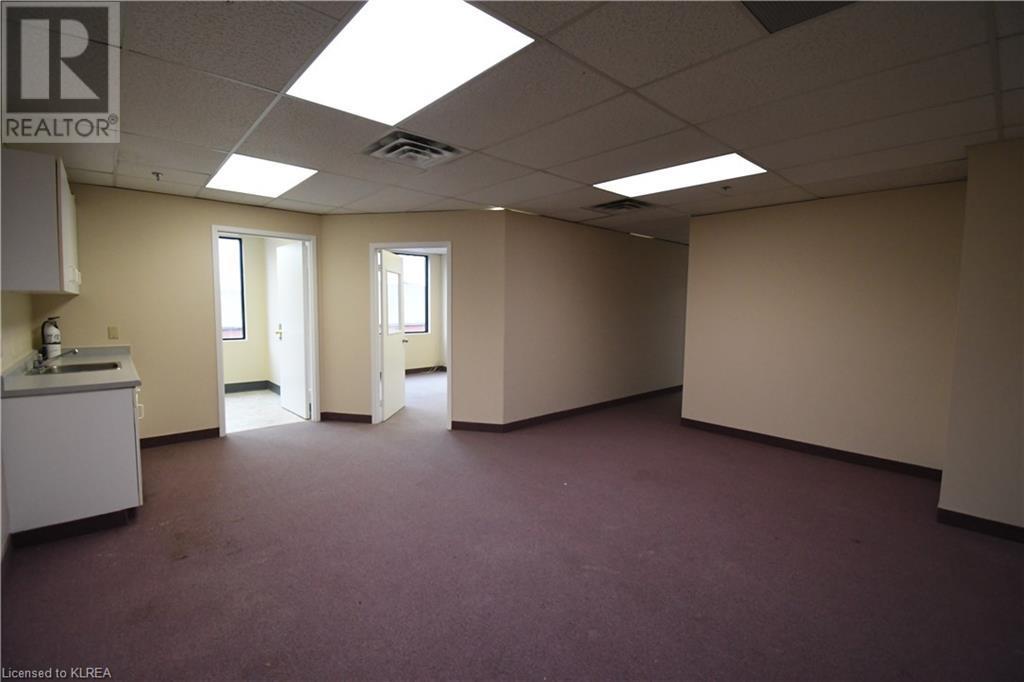 55 Mary Street Unit# 206, Lindsay, Ontario  K9V 5Z6 - Photo 5 - 40100078