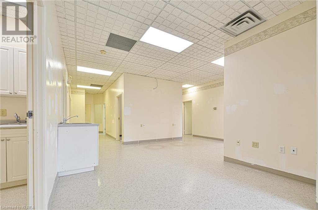 108 Angeline Street S Unit# 2, Lindsay, Ontario  K9V 3L5 - Photo 9 - 40148928